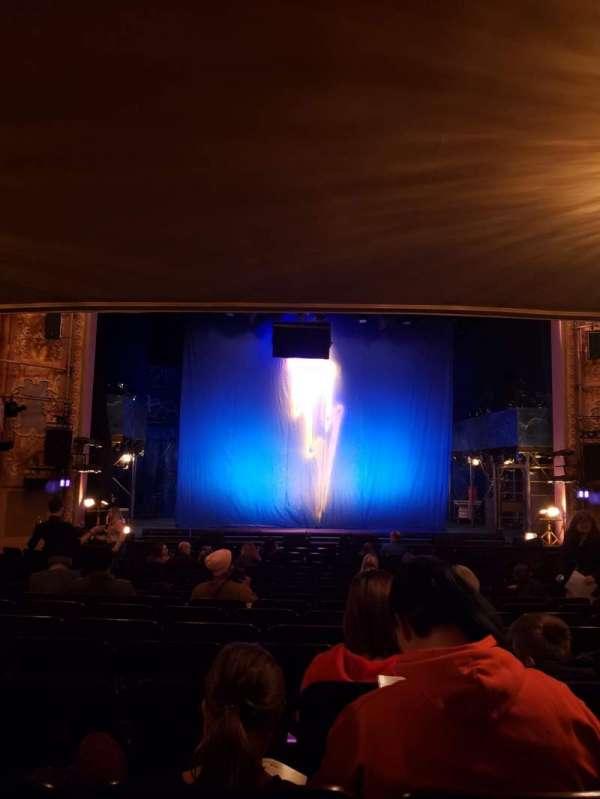 Longacre Theatre, secção: Orchestra C, fila: Q, lugar: 109