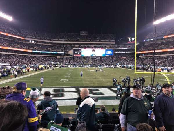 Lincoln Financial Field, secção: 129, fila: 8