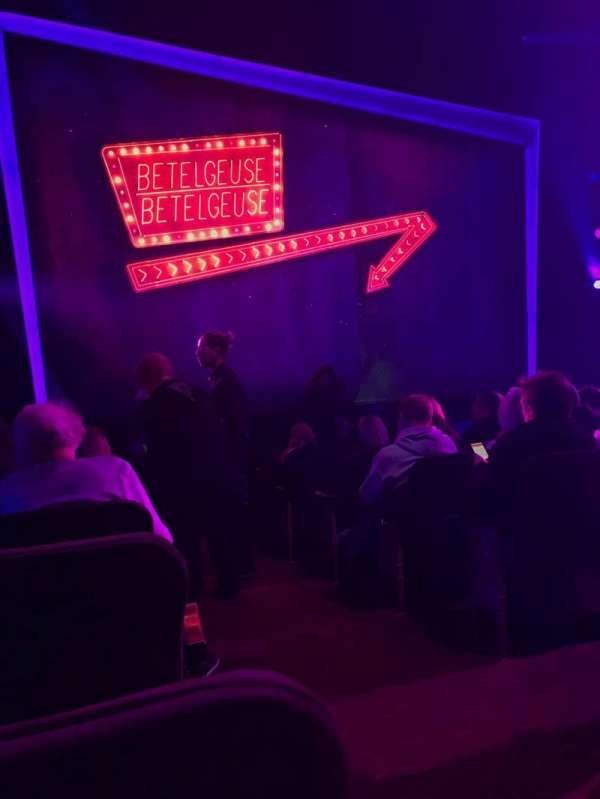 Winter Garden Theatre, secção: Orchestra L, fila: K, lugar: 1