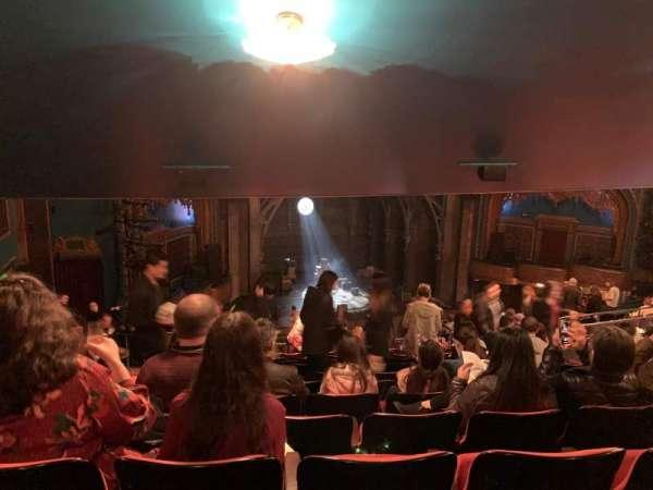 Curran Theater, secção: Mezzanine L, fila: M, lugar: 23