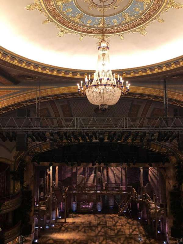 Richard Rodgers Theatre, secção: Rear Mezzanine C, fila: H, lugar: 108
