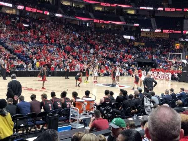 Bridgestone Arena, secção: 114, fila: DD, lugar: 1