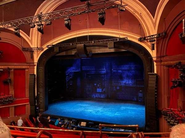 Broadway Theatre - 53rd Street, secção: Front Mezzanine R, fila: E, lugar: 1