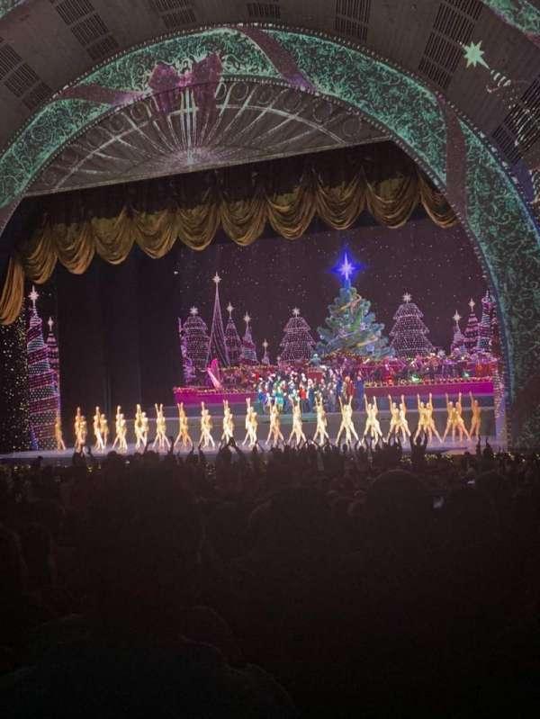 Radio City Music Hall, secção: ORCHESTRA 2, fila: P, lugar: 201