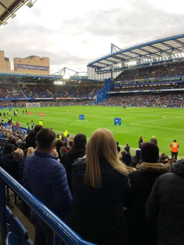 Stamford Bridge , secção: Matthew Harding lower, fila: T, lugar: 190