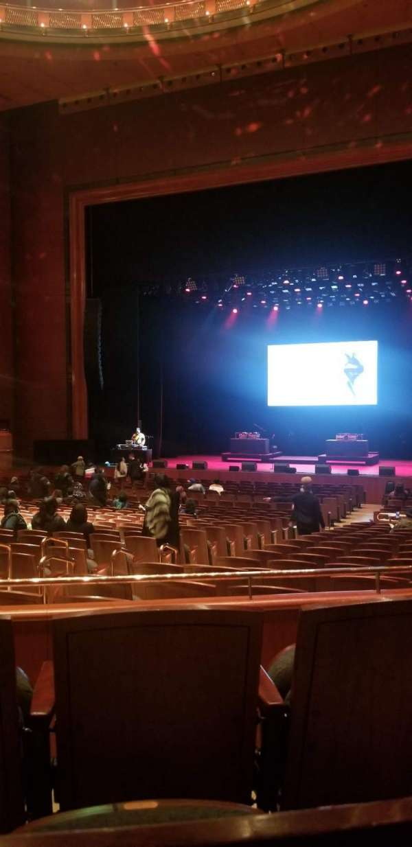 Prudential Hall at the New Jersey Performing Arts Center, secção: Grand Tier R, fila: B, lugar: 8