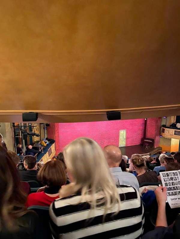 Shubert Theatre, secção: Mezzanine L, fila: K, lugar: 21