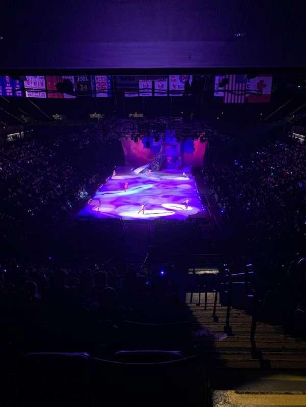 Nassau Veterans Memorial Coliseum, secção: 213, fila: 11, lugar: 1