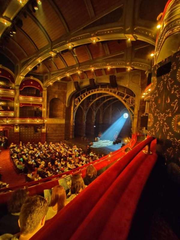 Lyric Theatre, secção: Dress Circle B, fila: A, lugar: 1