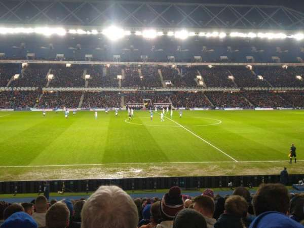 Ibrox Stadium, secção: Gf5, fila: Y, lugar: 131
