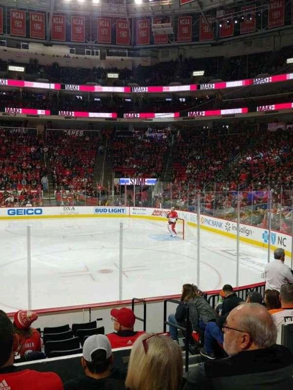 PNC Arena, secção: 102, fila: J, lugar: 3