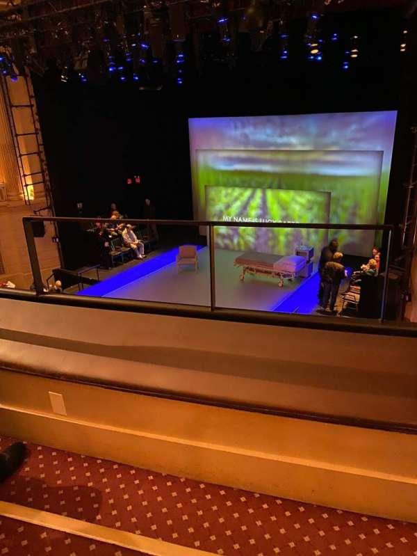 Samuel J. Friedman Theatre, secção: PREMIER CIRCLE R, fila: BB, lugar: 2