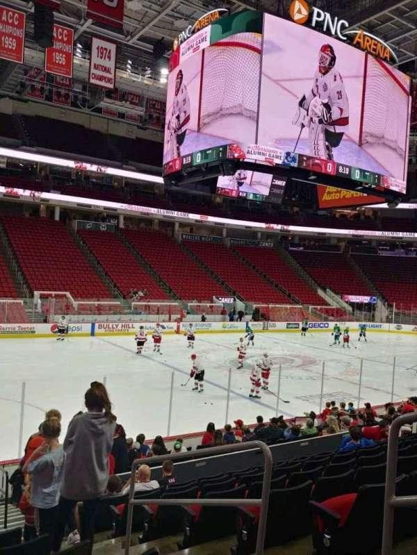 PNC Arena, secção: 122, fila: P, lugar: 3