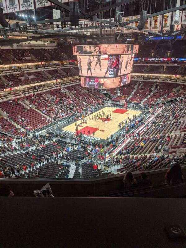 United Center, secção: 306, fila: 8, lugar: 12