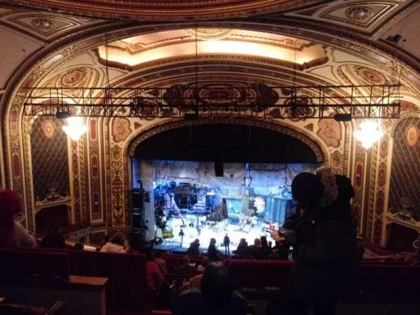 Cadillac Palace Theater, secção: Balcony RC, fila: O, lugar: 322