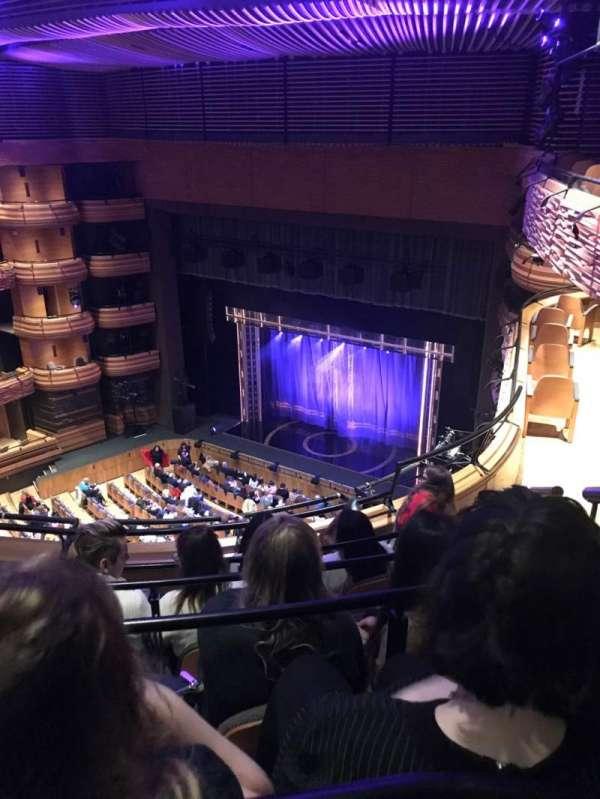 Donald Gordon Theatre at the Wales Millennium Centre, secção: UC, fila: E, lugar: 55