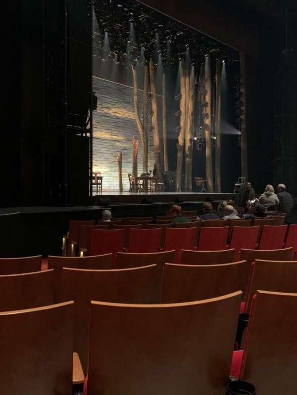 Durham Performing Arts Center, secção: 2, fila: K, lugar: 314