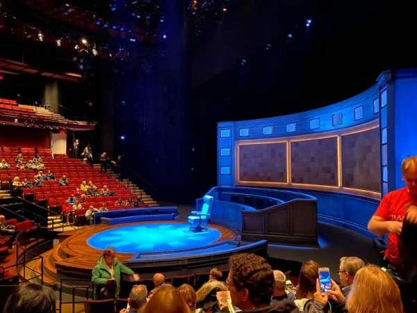 Vivian Beaumont Theater, secção: Orchestra R, fila: K, lugar: 509