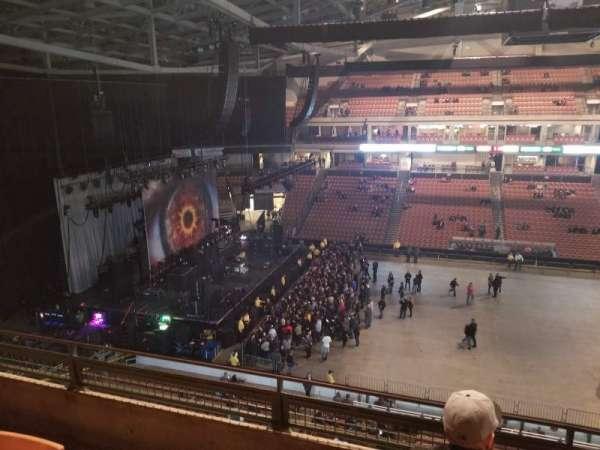 SNHU Arena, secção: 208, fila: J, lugar: 7-8
