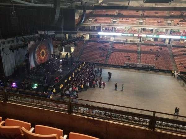 SNHU Arena, secção: 208, fila: J, lugar: 8