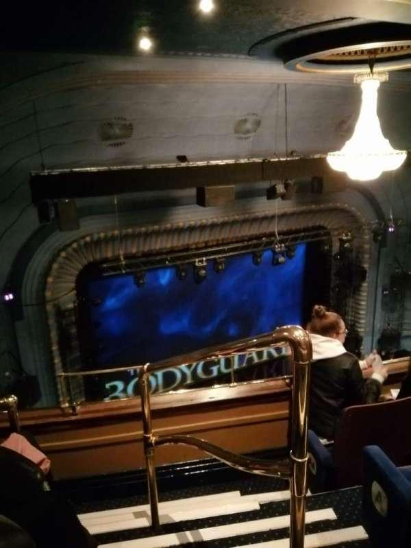 Alex Theatre, secção: Grand circle, fila: C, lugar: 35