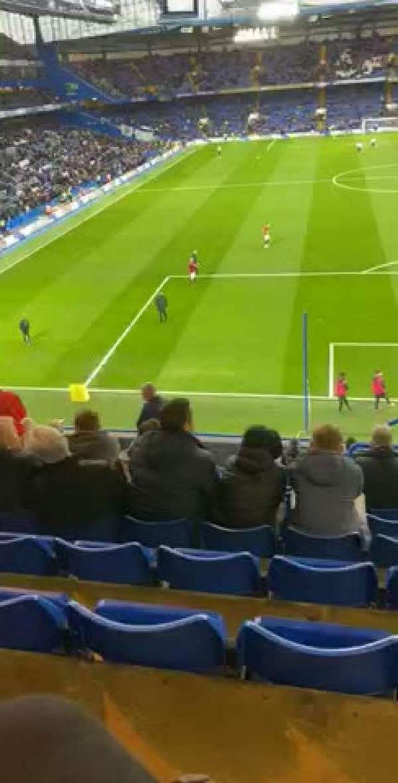 Stamford Bridge, secção: Shed upper, fila: 14, lugar: 161