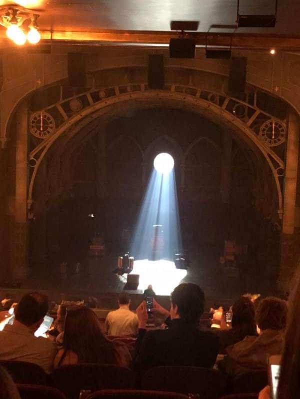 Lyric Theatre, secção: Dress Circle C, fila: L, lugar: 117-118