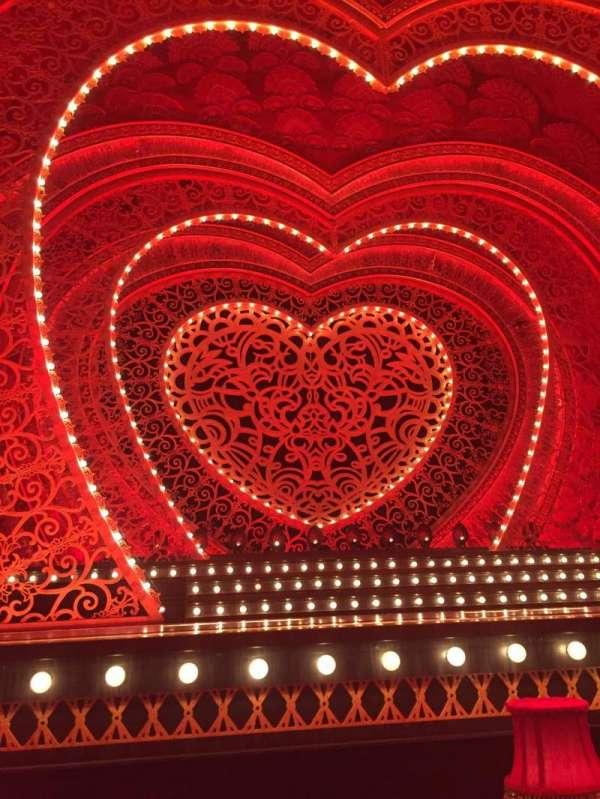 Al Hirschfeld Theatre, secção: CANL, fila: F, lugar: 2