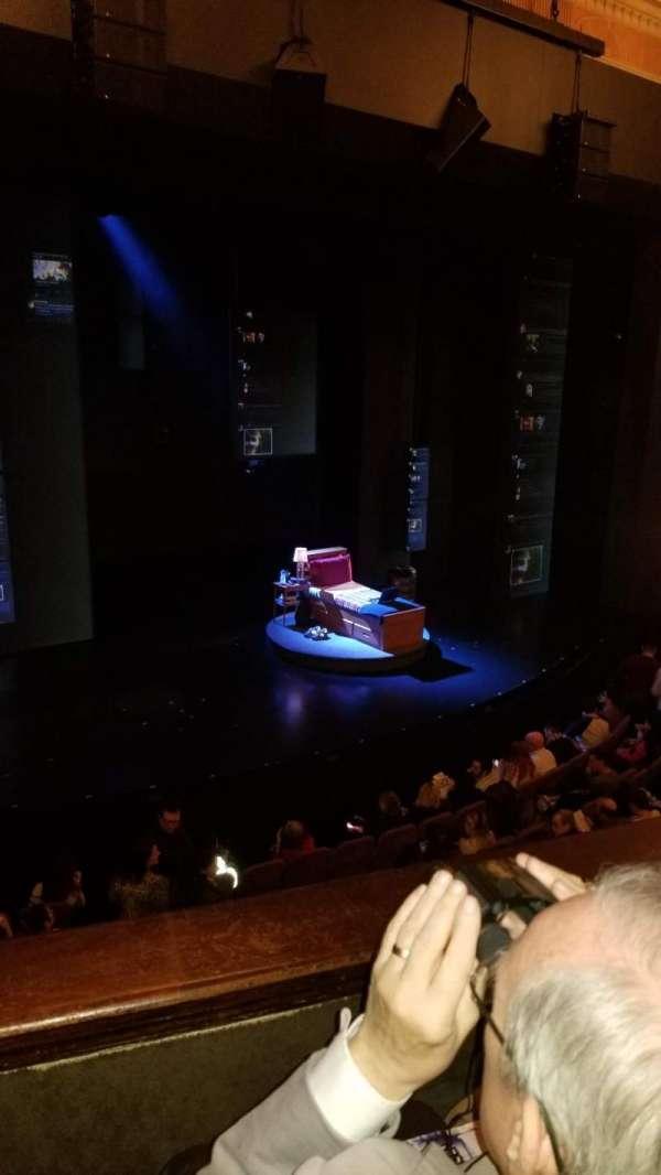 Music Box Theatre, secção: Mezzanine L, fila: B, lugar: 11