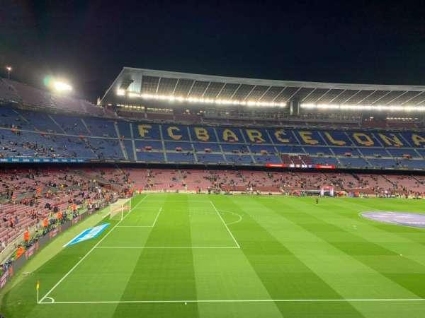 Camp Nou, secção: 227, fila: 001, lugar: 003
