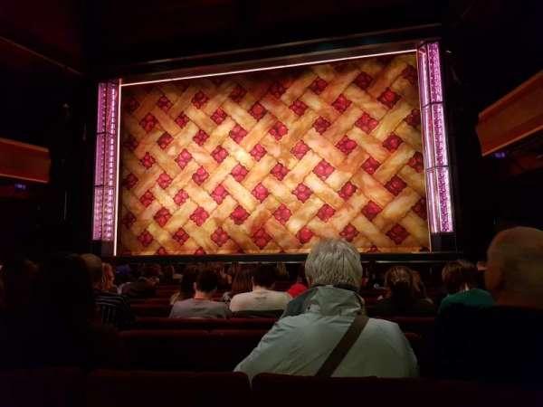 Adelphi Theatre, secção: Stalls, fila: L, lugar: 13
