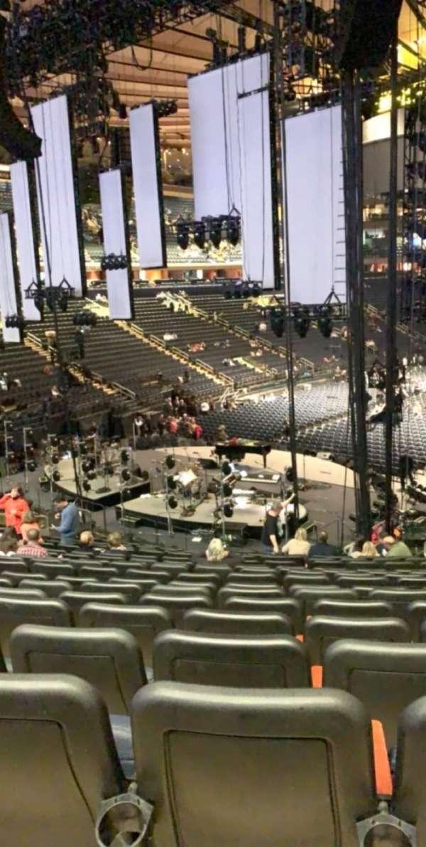 Madison Square Garden, secção: 113, fila: 22