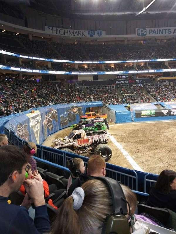 PPG Paints Arena, secção: 116, fila: S, lugar: 3
