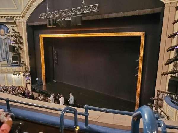 Ambassador Theatre, secção: Front Mezzanine R, fila: C, lugar: 2