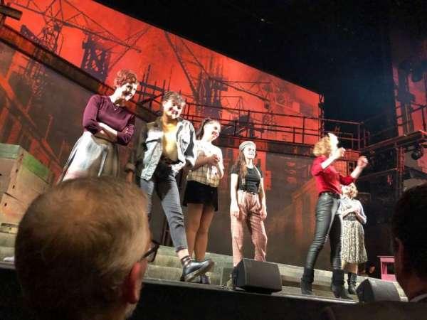 Ahmanson Theatre, secção: Orchestra, fila: BB, lugar: 19