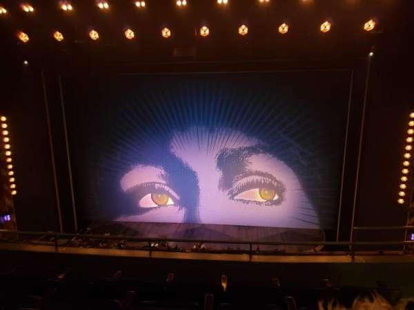 Lunt-Fontanne theatre, secção: Front Mezzanine C, fila: D, lugar: 112