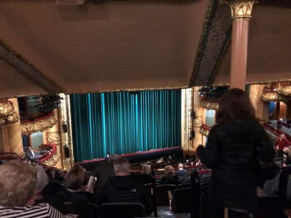 Emerson Colonial Theatre, secção: Dress Circle L, fila: M, lugar: 3