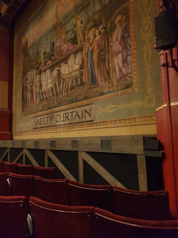 Phoenix Theatre, secção: Stalls, fila: D, lugar: 1
