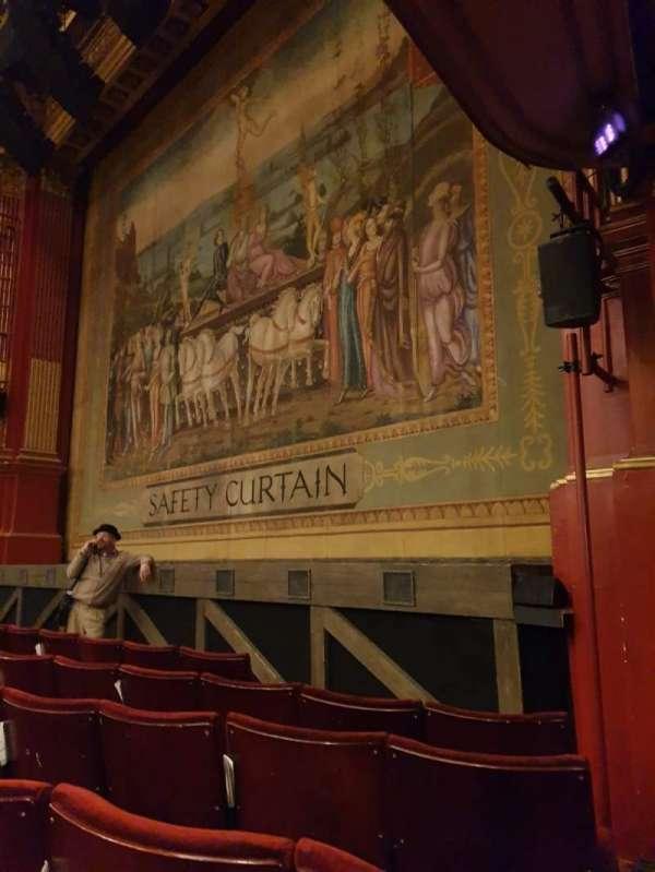 Phoenix Theatre, secção: Stalls, fila: E, lugar: 1