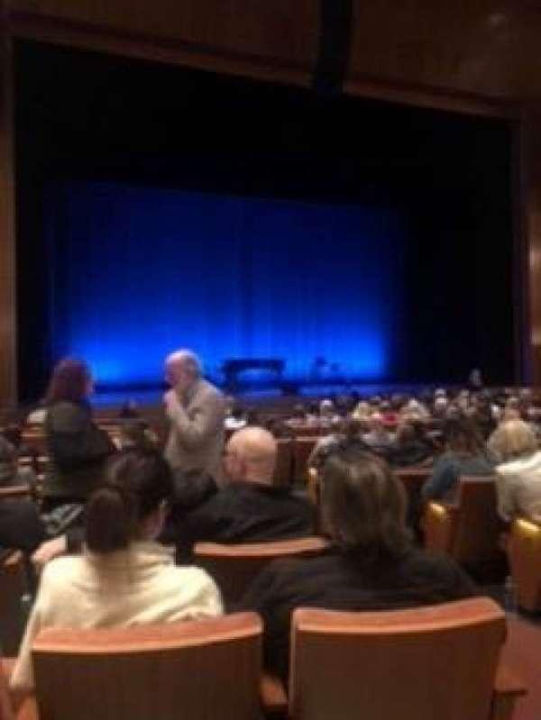 Eccles Theater, secção: Orchestra L, fila: M, lugar: 106
