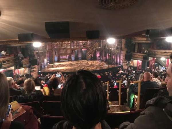 Richard Rodgers Theatre, secção: Orchestra L, fila: W, lugar: 1