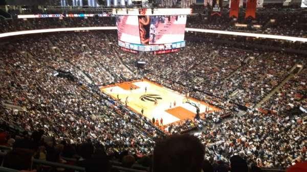 Scotiabank Arena, secção: 318, fila: 12, lugar: 11