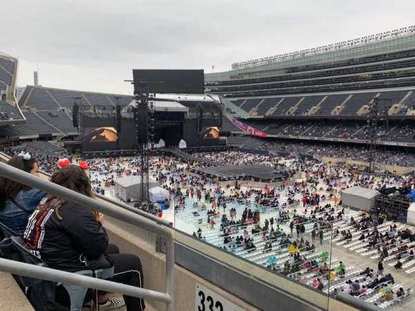 Soldier Field, secção: 331, fila: 2, lugar: 2