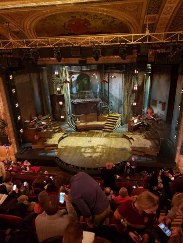 Walter Kerr Theatre, secção: Mezzanine C, fila: H, lugar: 102