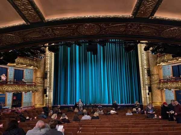 emerson colonial theatre, secção: Orchestra C, fila: V, lugar: 207