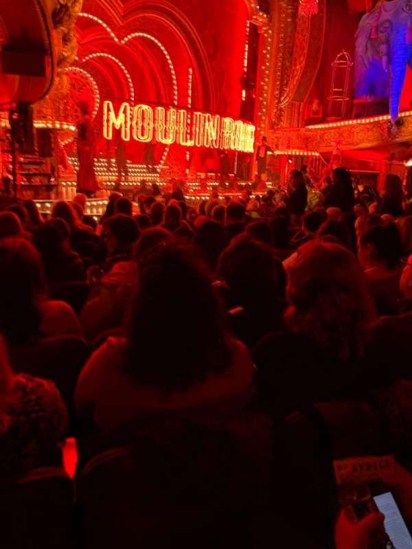 Al Hirschfeld Theatre, secção: Orchestra L, fila: O, lugar: 25