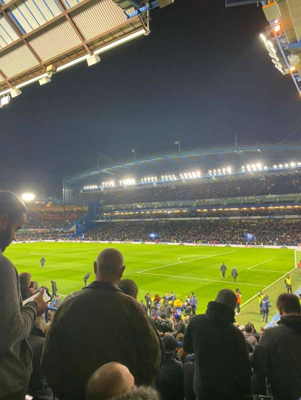 Stamford Bridge, secção: Matthew Harding Lower 16, fila: Y, lugar: 200