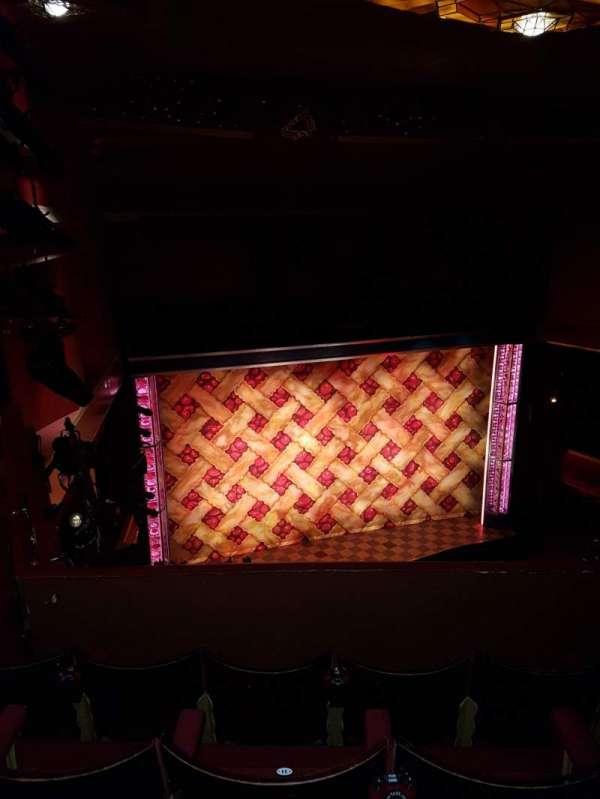 Adelphi Theatre, secção: Upper Circle, fila: D, lugar: 32