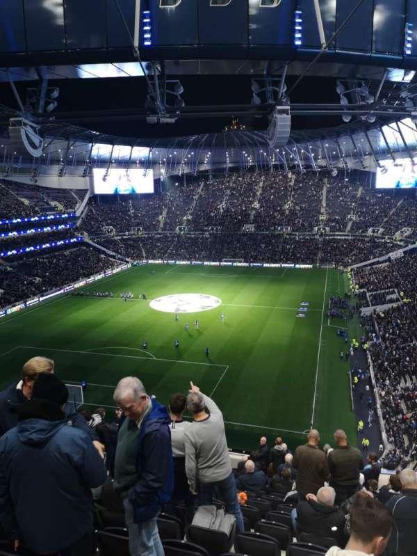 Tottenham Hotspur Stadium, secção: 513, fila: 17, lugar: 429