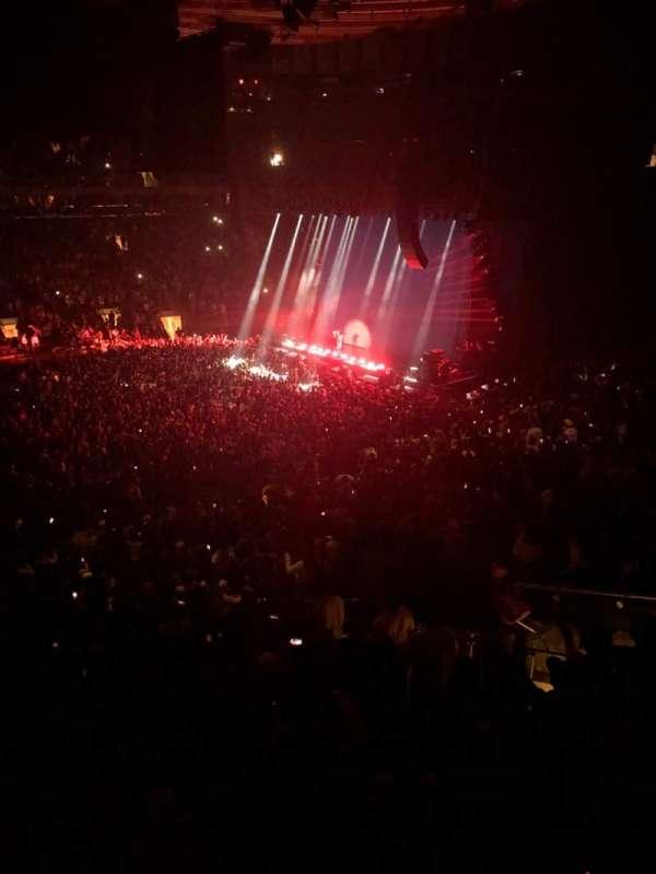 Madison Square Garden, secção: 210, fila: 1, lugar: 10